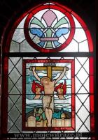 Ukrzyżowanie Chrystusa - witraż