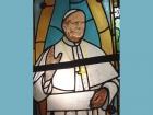 Papież Jan Paweł II - witraż kościelny