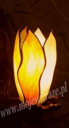 Witrażowa wieczna lampka - witraż w kościele